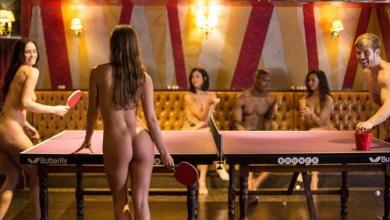 Photo of Primeiro torneio de pingue-pongue sem roupa é realizado na Inglaterra
