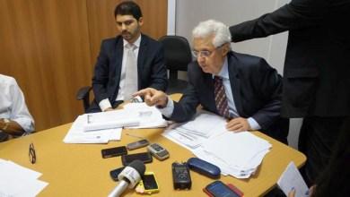 Photo of Bahia: Deputado denuncia esquema de dispensa de licitações do governo; confira vídeo exclusivo