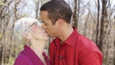 Photo of Mundo: Norte-americano namora mulher 60 anos mais velha