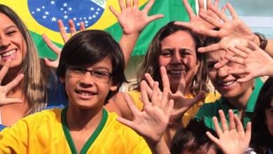 Photo of Com 6 dedos, família do Distrito Federal torce para Brasil chegar ao hexa