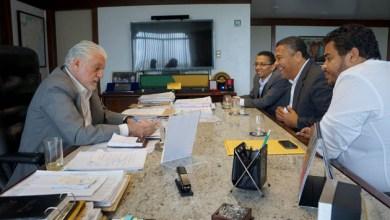 Photo of Governador recebe Valmir e reafirma importância dos movimentos sociais na política