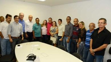 Photo of Paulo Souto e Geddel ganham apoio de lideranças de cidade governista