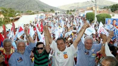 Photo of Em Milagres, Rui Costa faz comício para milhares de pessoas