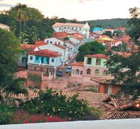 Lençóis, vista do alto - Aproveite que a cidade tem um centro pequeno para conhecer tudo durante o dia - Foto - Louise Pita