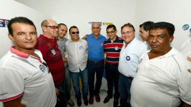 Photo of Lideranças de Oliveira dos Brejinhos e Tucano apoiam Paulo Souto
