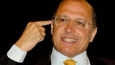Photo of Geraldo Alckmin sai como 'candidatíssimo' à Presidência, diz colunista