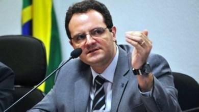 Photo of Brasil pode crescer de 3% a 3,5% em 2018, diz Barbosa