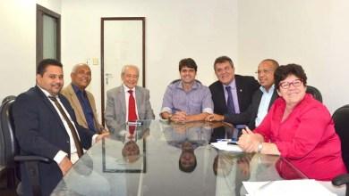 Photo of PT decide apoiar Paulo Câmara para presidente do Legislativo em Salvador