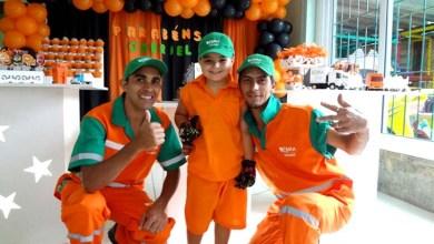 Photo of Brasil: Menino que sonha ser lixeiro ganha festa de 5 anos com o tema