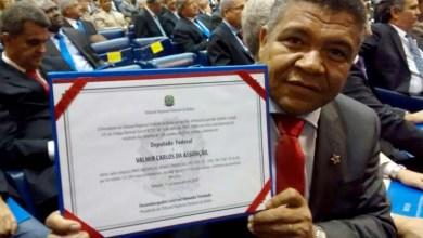 Photo of Em diplomação, Valmir volta a destacar participação popular do governo Rui
