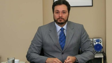 """Photo of Novo secretário da Fazenda diz que 2015 vai ser """"um ano de arrocho"""""""