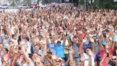 Photo of Trabalhadores da Mercedes-Benz e Volkswagen fazem greve contra demissões