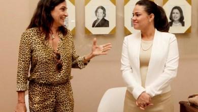 Photo of Esposa de Rui Costa, Aline Peixoto assume presidência das Voluntárias Sociais da Bahia