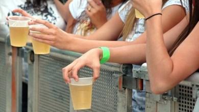 Photo of Câmara aprova e vai à sanção projeto que criminaliza venda de bebidas a menores