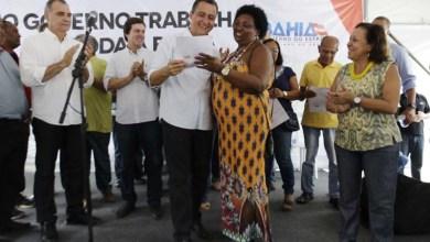 Photo of Salvador: Famílias do Subúrbio Ferroviário recebem títulos de terra