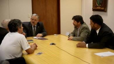 Photo of Deputados querem internet, TV a cabo e rádios comunitárias em assentamentos