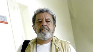Photo of Fotógrafo de jornal mineiro é agredido durante manifestação por se parecer com Lula