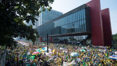 Photo of Em menos de um mês, manifestantes voltam às ruas em protestos contra o governo