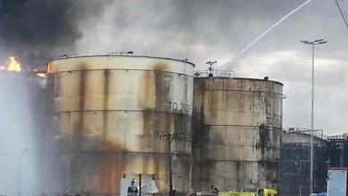 Photo of Brasil: Incêndio em Santos é apagado, mas resfriamento dos tanques continua