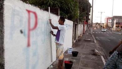 Photo of MPE aciona partidos por manterem propaganda eleitoral de 2014 nas ruas de Salvador
