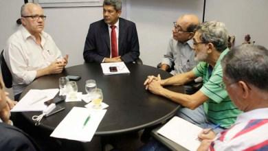 Photo of Governo estadual mantém diálogo com funcionários da EBDA