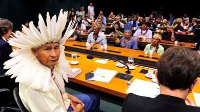 Photo of Deputados lançam manifesto contra PEC da demarcação de terras indígenas