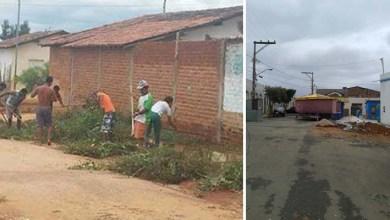 """Photo of Chapada: Moradores de Utinga fazem mutirão para limpar ruas: """"Estamos fazendo o trabalho da prefeitura"""""""