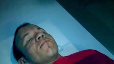 Photo of Vídeo: Homem ressuscita após levar seis tiros na cabeça e assusta enfermeira