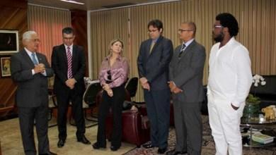 Photo of Chapada: Diretor da Secretaria da Vara do Trabalho de Itaberaba e novo servidor tomam posse