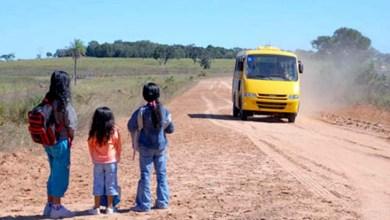 Photo of Chapada: Motoristas param as atividades e alunos da rede de ensino em Piritiba ficam sem transporte