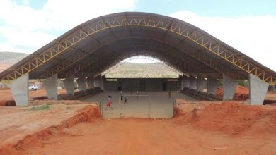 Photo of Chapada: Povoado de Boa Vista do Tupim ganha quadra poliesportiva coberta
