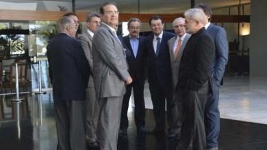 Photo of Lula elogia plano de Renan Calheiros durante encontro com cúpula do PMDB
