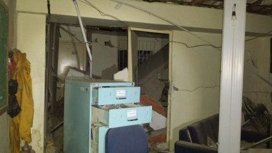Photo of Chapada: Agência dos Correios fica destruída após explosão de cofre em Macajuba