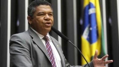 Photo of Projetos aprovados em comissões apontam para retrocesso social do país, diz Valmir