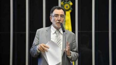 Photo of Ministro diz novo plano de reforma agrária deve assentar 120 mil famílias até 2018
