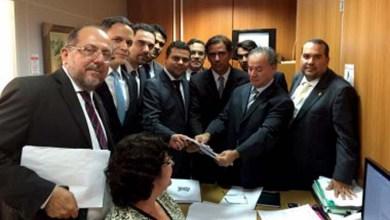 """Photo of Oposição diz que Rui Costa envia à Assembleia """"pacote de maldades"""""""