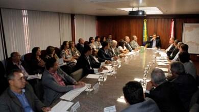 Photo of Rui Costa antecipa ICMS e quita dívidas com 417 municípios baianos