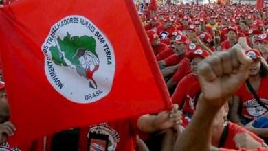 Photo of MST bloqueia rodovia federal em Pernambuco em protesto contra impeachment
