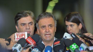 Photo of Aécio Neves apresenta a FHC programa para eventual governo Michel Temer