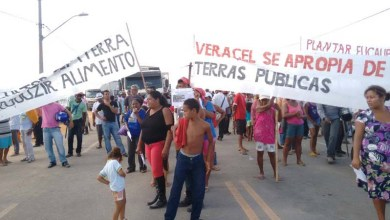 Photo of Bahia: Agricultores fecham a BR-101 em protesto contra Veracel no sul da Bahia