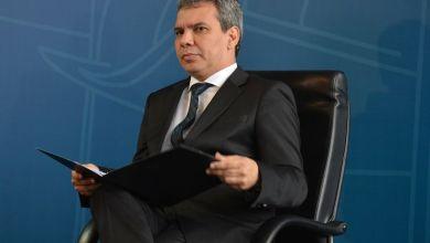Photo of Ministro da Justiça pede exoneração do cargo de procurador-geral adjunto
