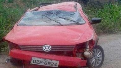 Photo of Chapada: Carro capota e deixa uma pessoa ferida na Estrada do Feijão
