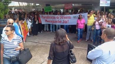 Photo of Bahia: Servidores estaduais realizam ato contra falta de negociação com o governo