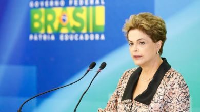 Photo of Dilma diz ser lamentável Bolsonaro homenagear torturador na Câmara