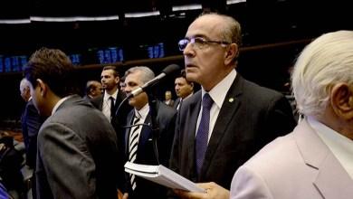 Photo of Proposta de Aleluia para isenção de taxa na tarifa social de energia é aprovada