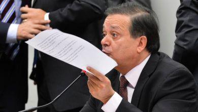 Photo of Brasil: Relator apresenta parecer favorável à abertura de impeachment de Dilma