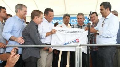 Photo of Água tratada e máquinas beneficiam população da região da Chapada Diamantina