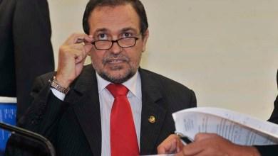 Photo of Walter Pinheiro pede licença do Senado para assumir Secretaria de Educação