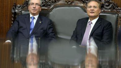 Photo of Renan Calheiros lê autorização para impeachment e trata de comissão especial desta terça
