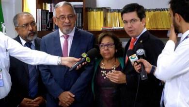 Photo of Brasil: Senadores se reúnem com Lula e buscam ampliar apoio para 'PEC das Eleições'